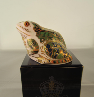Royal Crown Derby Paperweight - Mulberry Hall Frog Limited Edition