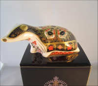 Royal Crown Derby Paperweight - Old Imari Badger