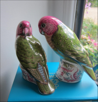 Royal Crown Derby Paperweight -  Pair of Platinum Wedding Majestic Love Birds L/E